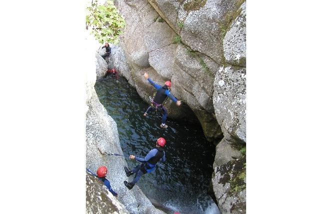 Antipodes Canyoning - Randonnée aquatique 4 - Millau