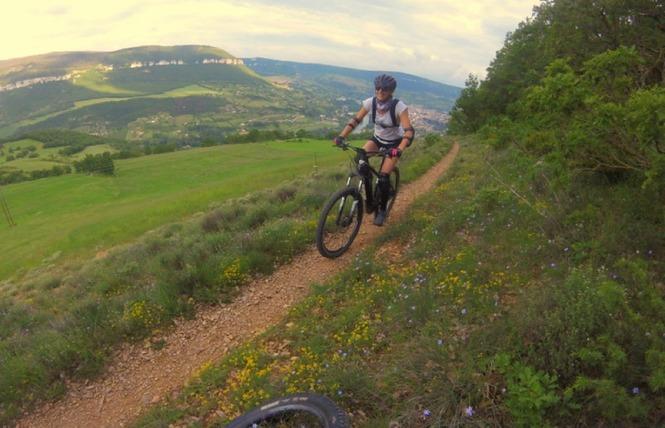 Crazy e-Bike - Location de VTT / VTC électriques 12 - Millau